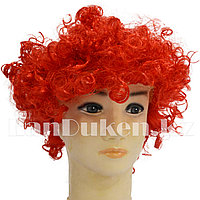 Красный парик клоуна афро
