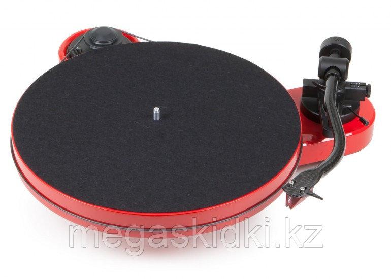 Виниловый проигрыватель Pro-Ject RPM1 Carbon 2M Red красный