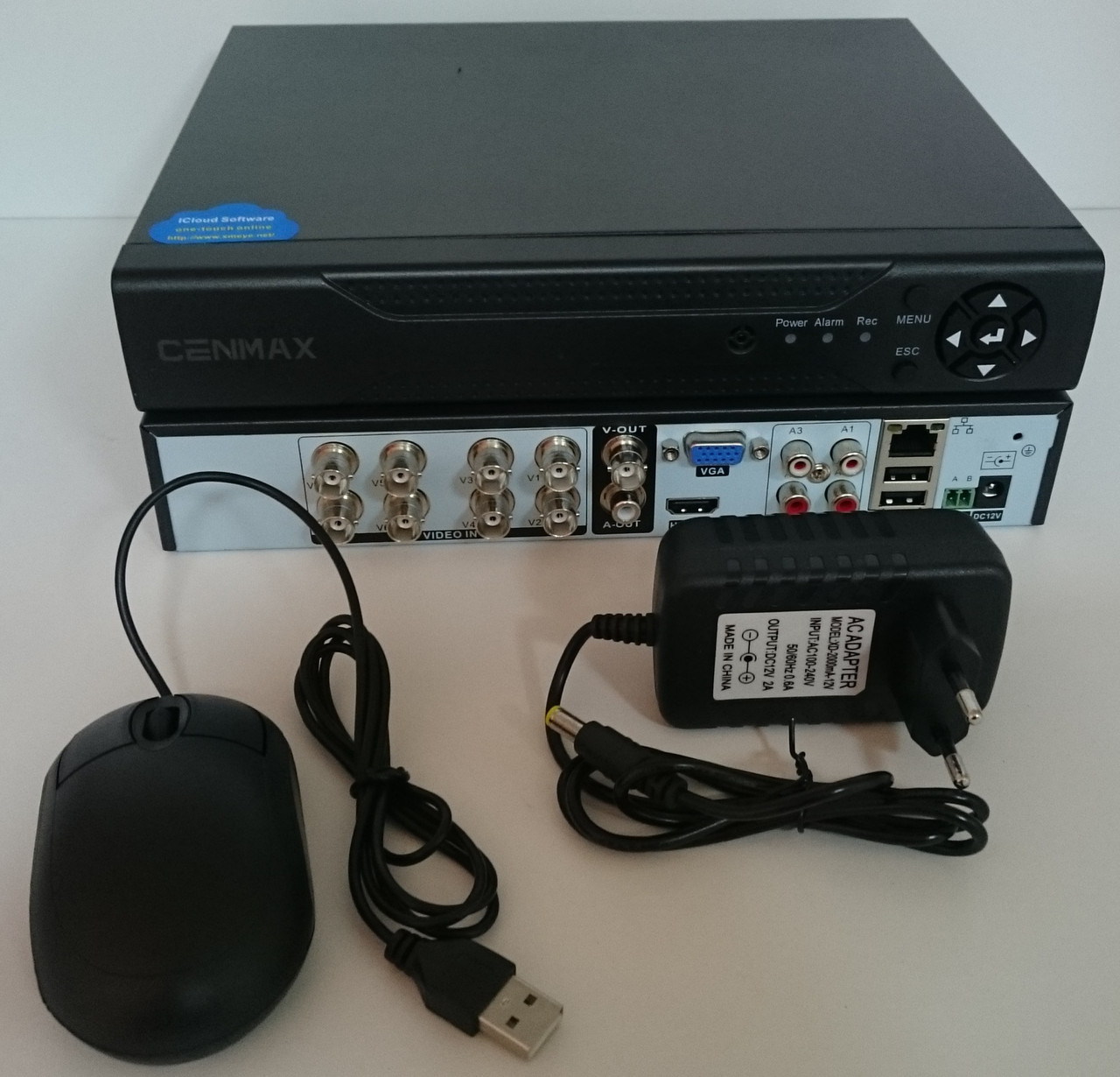 Видеорегистратор CENMAX  AHD формата 8 канальный