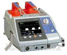Дефибриллятор портативный двухфазный серии Cardiolife модель TEC 5521K