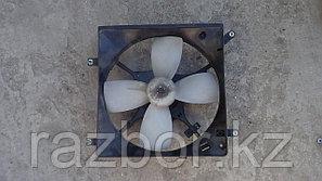 Вентилятор радиатора Mitsubishi Galant левый (EA1A)