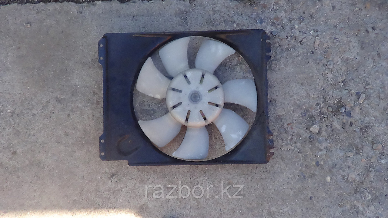 Вентилятор радиатора Subaru Forester правый