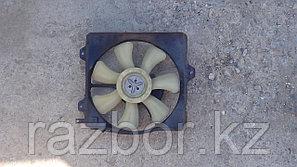 Вентилятор радиатора Toyota Caldina правый (ST195)