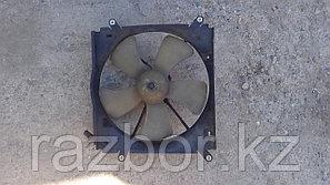 Вентилятор радиатора Toyota Carina ED левый