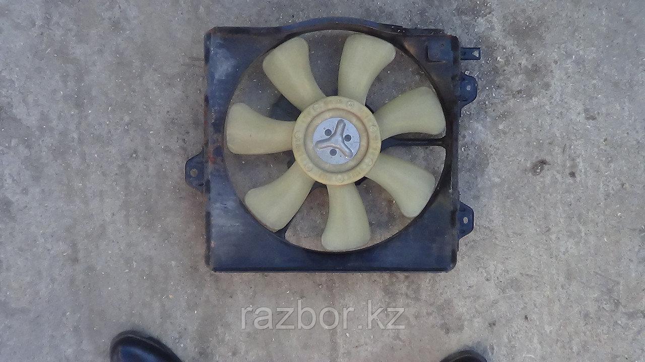 Вентилятор радиатора Toyota Corona првавый