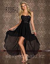 Платье со шлейфом и блестками черное