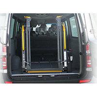 Автомобильное подъемное устройство для инвалидов