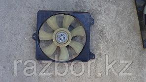 Вентилятор радиатора Toyota Raum правый