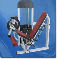 Тренажер для разгибания ног сидя AMA6604