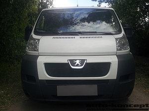Защита радиатора Peugeot Boxer 2006- black верх