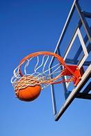 Баскетбольные стойка, кольца и...