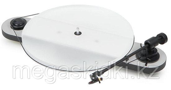 Виниловый проигрыватель Pro-Ject Elemental Phono USB OM5E бело-черный