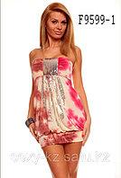 Трехцветное молодежное мини-платье