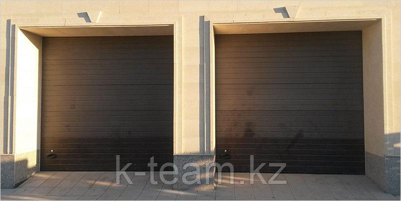 Секционные автоматические гаражные ворота.