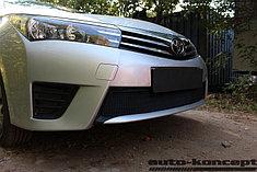 Защитно-декоративные решётки радиатора Toyota Corolla 2013-2016