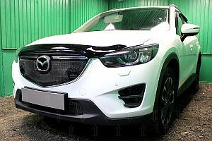 Защита радиатора Mazda CX5 2015-2017 3D black с парктроником верх OPTIMAL
