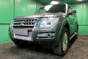 Защита радиатора Mitsubishi Pajero IV 2015- chrome низ OPTIMAL