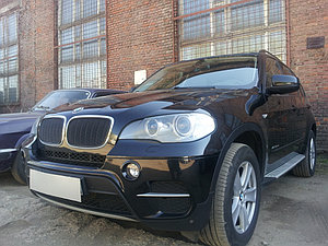 Защита радиатора BMW X5 E70 2006-2013 (3D) / BMW X6 2008-2014- (3D) black PREMIUM