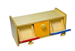 Шкафчик с ящиками для развития запястья