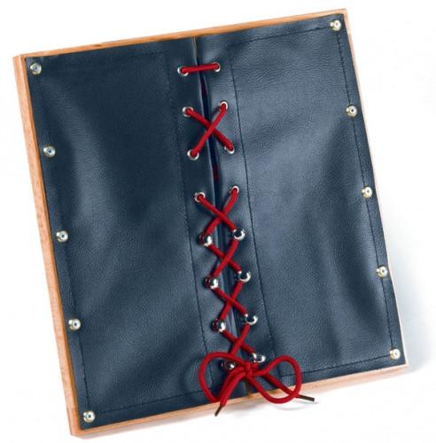 """Рамка со шнуровкой на """"коже"""" (30,5*33 см.)"""