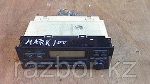 Блок управления климат контролем Toyota Mark II (100)