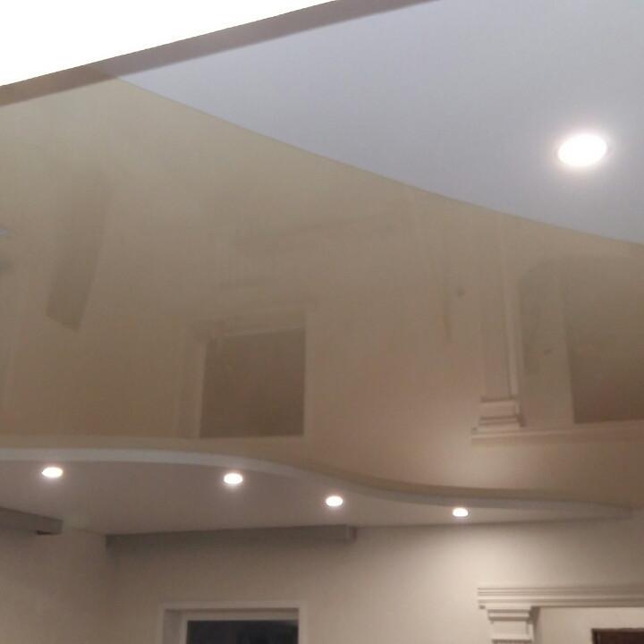 натяжные потолки глянцевые