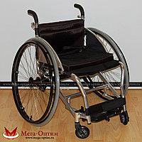 Кресло-коляска для игры в настольный теннис