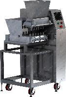 Производство формовочных конфет из пралиновых, ирисных масс.