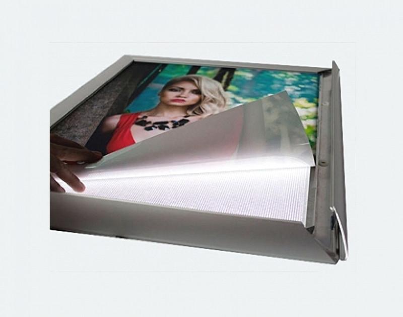 Виниловая PVC пленка для лайтбоксов (на просвет) 1,52м х 50м