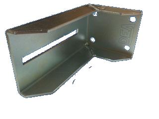 DHB 65. Кронштейн для крепления нижней ловушки.