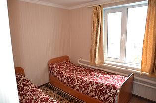 2 местный стандарт с раздельными кроватью.