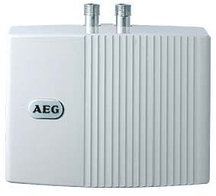 Электрический проточный водонагреватель 6 кВт Aeg MTD 570