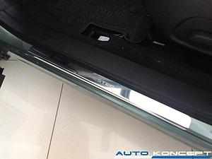Накладки на пороги нерж.сталь Subaru Forester 2012- (комплект 4шт.)