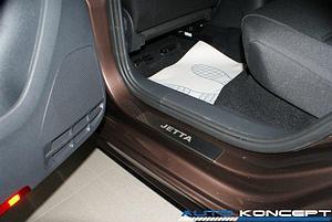 Накладки на пороги нерж.сталь Volkswagen Jetta 2015- (комплект 4шт.)