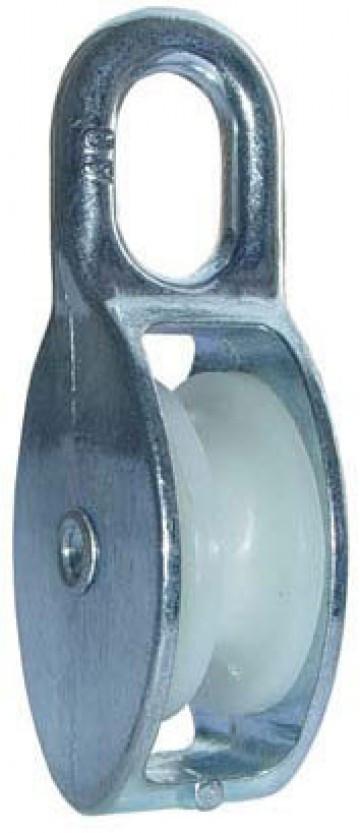 Блок D-20 мм одинарный пластик оцинкованный