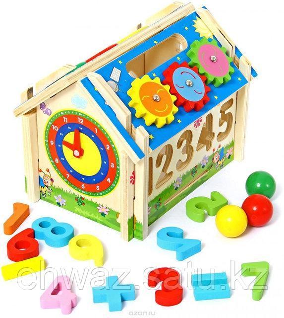 Развивающая игрушка деревянный домик