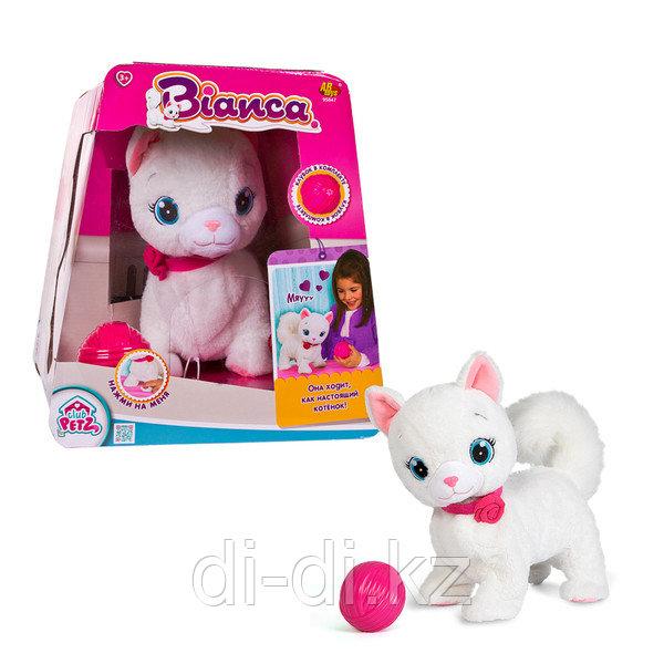 Кошка Bianca интерактивная (эл/мех) в комплекте с клубком, выполняет 5 действий, в отк. коробке, 29х30х31 см