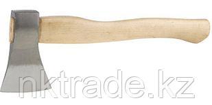 Топор кованый с деревянной рукояткой