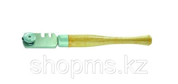 Стеклорез 3-роликовый с деревянной ручкой// Россия