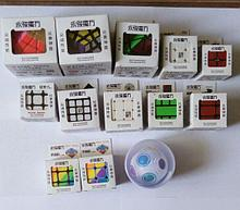 Новогодние наборы настольных игр, кубиков рубика, развивающих игр