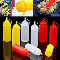Бутылочка пластиковая для соуса (соусница для кетчупа, майонеза, горчицы) красная 450 мл
