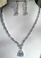 Новые роскошные наборы с кристаллами по технологии Сваровски для свадеб и торжественных случаев.