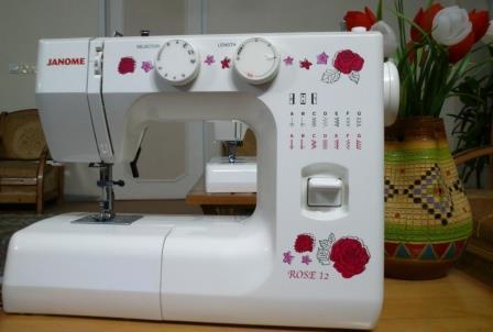 Швейная машина Janome Rose 12