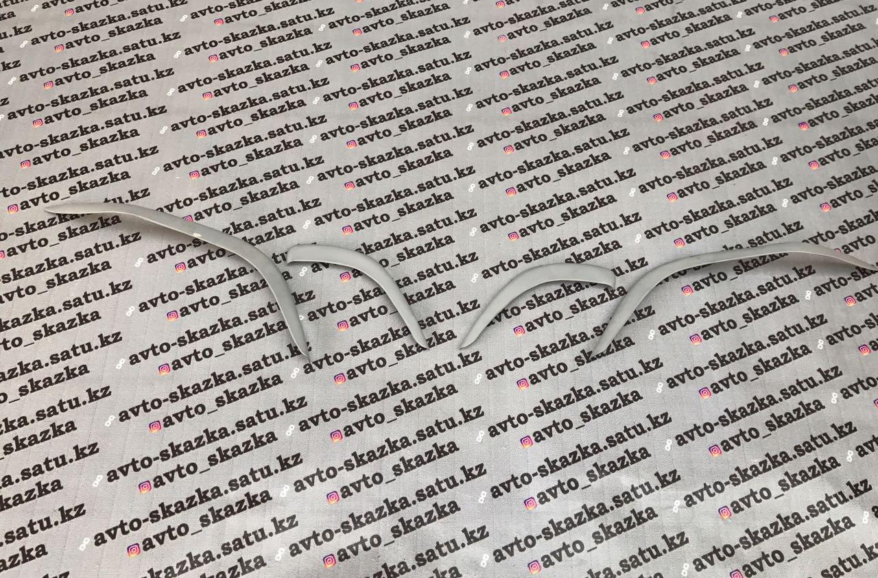 Реснички на LEXUSLX470(1998-2010)