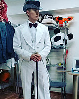 Новогодние костюмы на прокат Томирис  Ул Валиханова  83( Красина),уг Богенбай батыра
