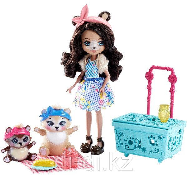 """Mattel Enchantimals Игровой набор """"Пикник на природе"""""""