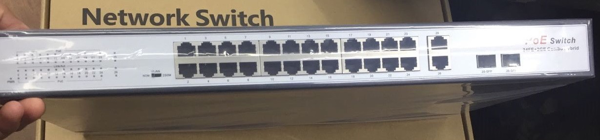 Коммутатор PoE Switch   26 портов