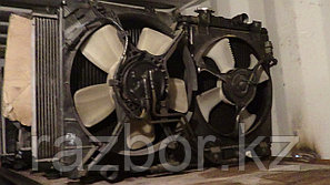 Вентилятор радиатора левый Mitsubishi Diamante