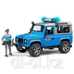 Игровой внедорожник Land Rover Defender Station Wagon 1:16 Полицейская с фигуркой