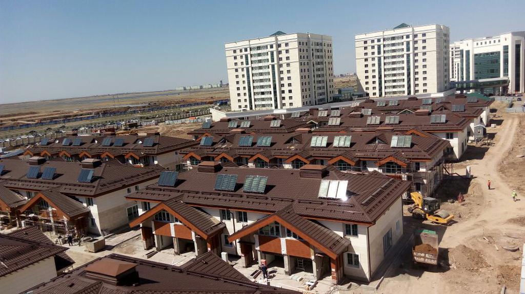 Коттеджный городок Назарбаев Университета 67 коттеджей, установлено 201 коллектор